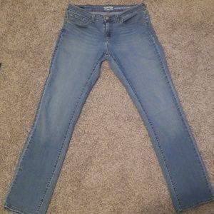 Levi's Jeans - 💐Modern straight Levi jeans💐